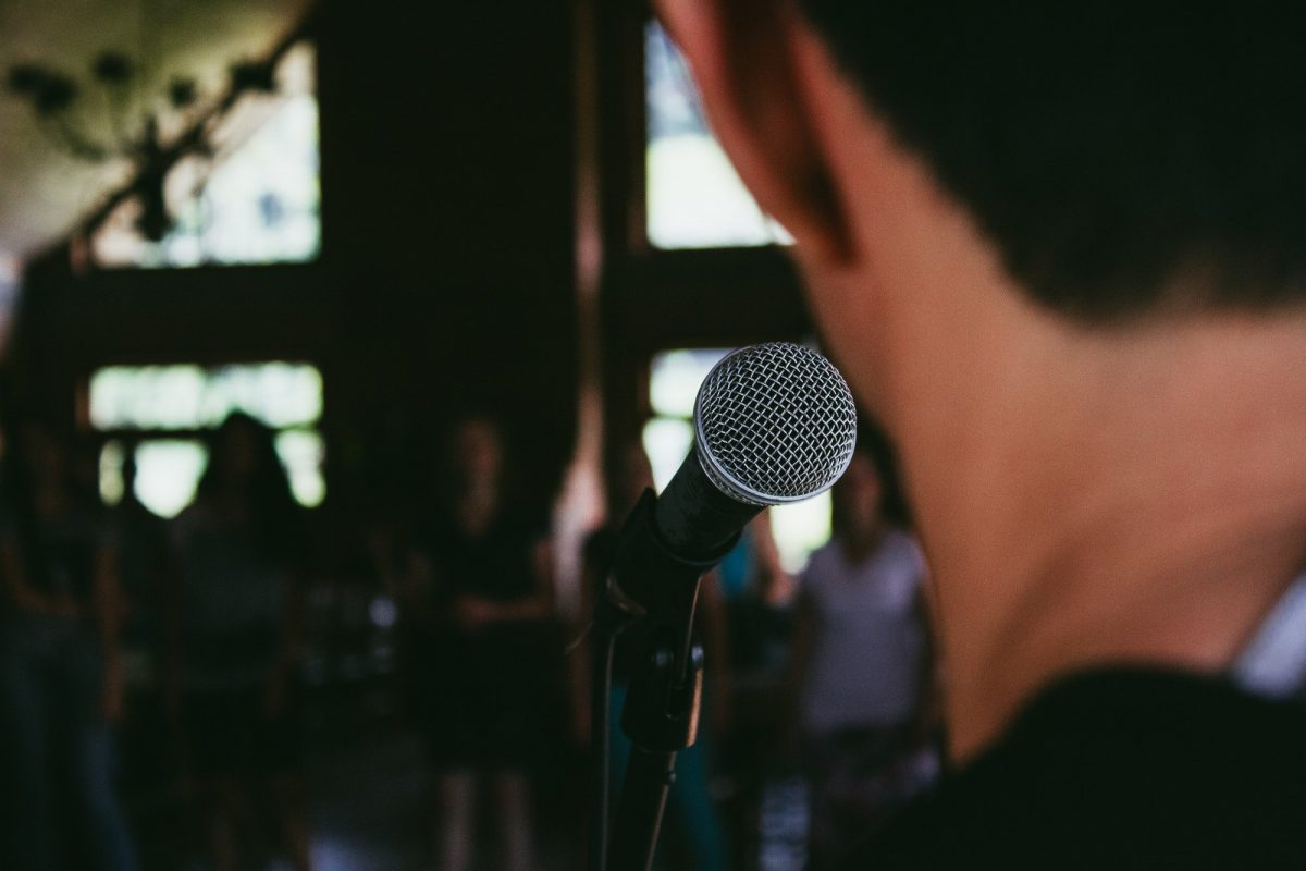 Sixteen Dont's For Effective Speaking